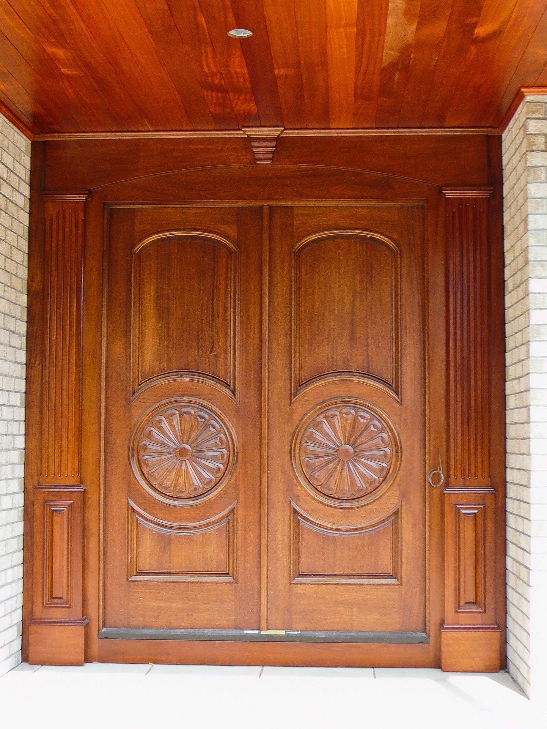 Bates custom cabinets and woodworking if you can dream for Custom wood cabinets